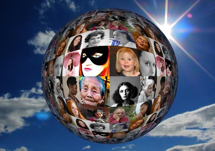Frauen haben viele Gesichter und Bedürfnisse. Es geht darum, dass sie ihr Leben selbstbestimmt leben können und dazu die Möglichkeit erhalten.